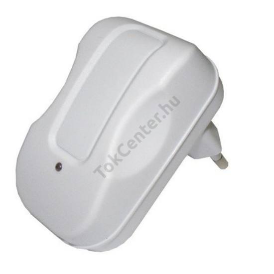 Hálózati adapter USB aljzat (5V / 2100mA, kábel NÉLKÜL!) FEHÉR